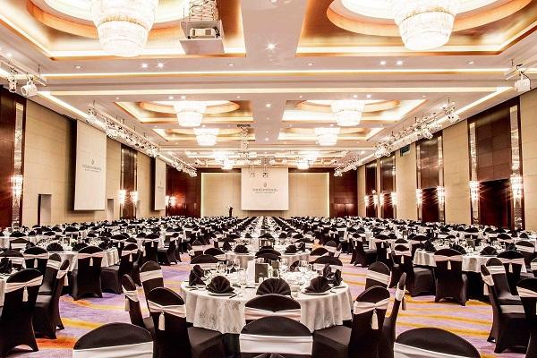 phòng khánh tiệc ballroom rộng nhất thành phố tại intercontinental hanoi landmark72 khách sạn 5 sao sang trọng cao nhất Hà Nội