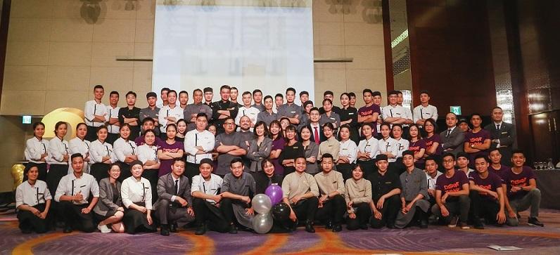 các đầu bếp tại khách sạn intercontinental hanoi landmark72 sang trọng 5 sao cao nhất hà nội