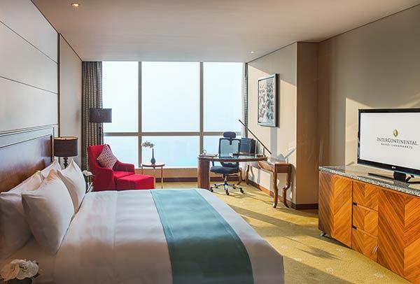 phòng premier sang trọng tại intercontinental hanoi landmark72 khách sạn 5 sao cao nhất hà nội