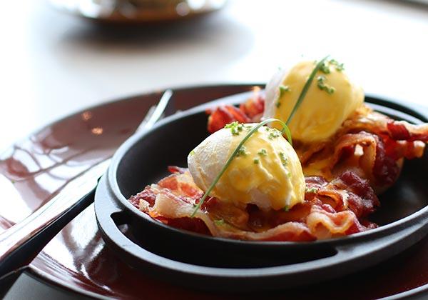 bacon breakfast buffet at Hanoi hotel
