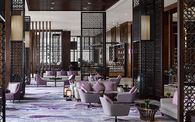 lounge sang trọng tại intercontinental hanoi landmark72 khách sạn 5 sao cao nhất Việt Nam