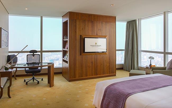 phòng ngủ intercontinental hanoi landmark72 khách sạn 5 sao sang trọng tại hà nội với tầm nhìn toàn cảnh thành phố