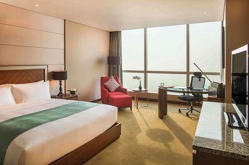 Hanoi hotel deluxe room for family