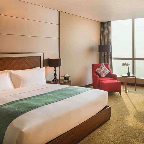 Phòng Deluxe tại intercontinental hanoi landmark72 khách sạn 5 sao với tiện nghi sang trọng và tầm nhìn toàn cành thành phố Hà Nội