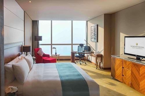 phòng deluxe sang trọng tại khách sạn 5 sao cao nhất hà nội
